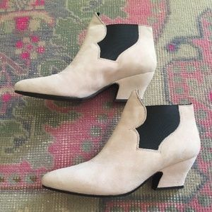BRAND NEW in box Acne Alma Pink Suede Boots 39